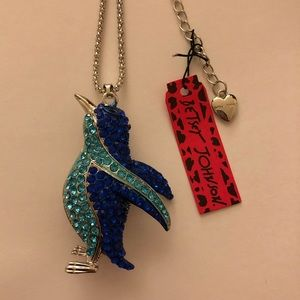 Betsey Johnson cute Penguin Necklace💕